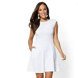 NWT NYCO  FitNFlare Dress LG/White